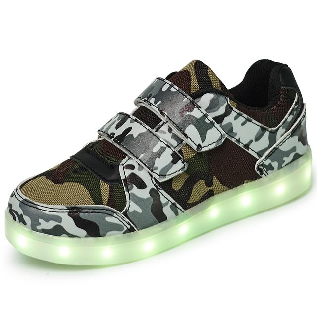 2017 nuevos niños de carga usb led light shoes muchacho y de la muchacha de cuero suave ocasional luminosa antideslizante inferior de partido de los niños zapatillas de deporte