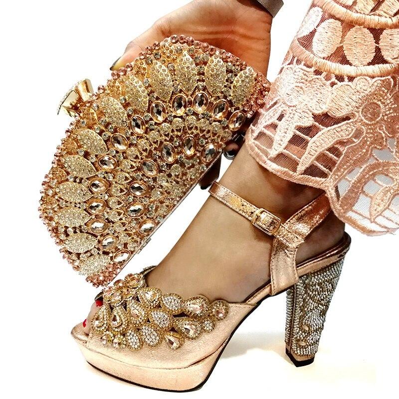 ใหม่แอฟริกันจับคู่รองเท้าและกระเป๋าภาษาอิตาเลี่ยน In ผู้หญิงรองเท้าและกระเป๋าสำหรับ Party ผู้หญิงไนจีเรียงานแต่งงานรองเท้ากระเป๋า-ใน รองเท้าส้นสูงสตรี จาก รองเท้า บน   1