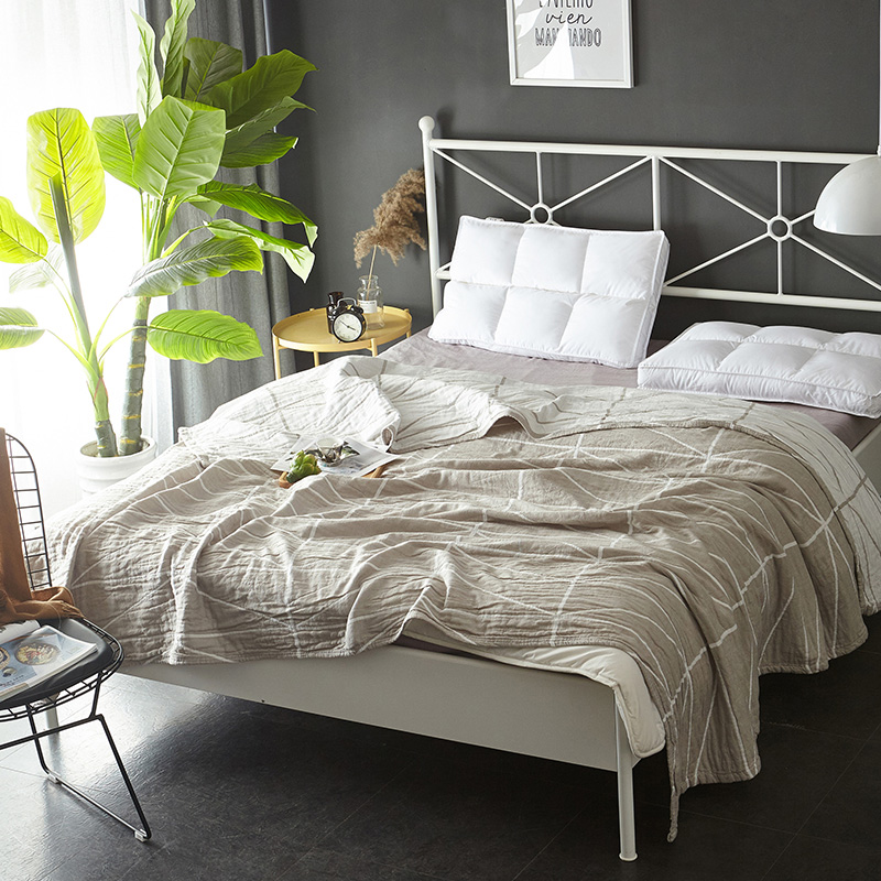 3 Layer Cotton Gauze Muslin Blankets Soft Summer Coverlet 150 200 200 230cm Yarn Dyed Geometric