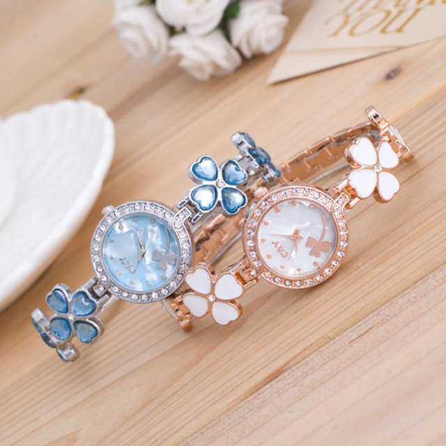 Exquisite New Fashion Women's Bracelet Watch Minimalism Rhinestone Golden Stainless Steel Wrist Watches Casual Stylish reloj B7