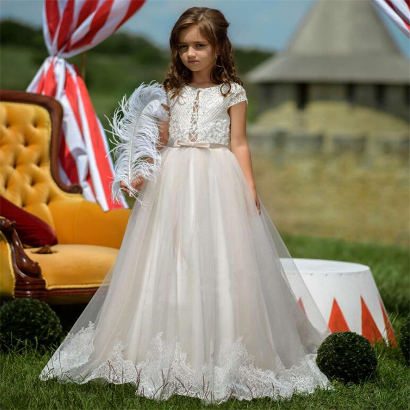 Long A Line Flower Girl Dress For Wedding with Appliques Buttons Lace Short Sleeves Girls Pageant Gowns Custom Made Formal