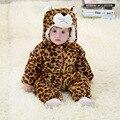 Мода фланель хлопок малыша девушка одежда детская snowsuit новорожденных верхняя одежда зима (600-700 г)