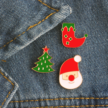 1 Pcs Creative Cartoon Cute Santa Socks Christmas Tree Enamel Pin Badge Clip Brooches Decoration Pins Christmas Gift For Kids