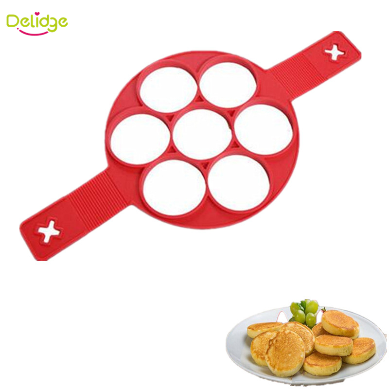 Delidge 1 pc No Stick  Flippin  egg mold Silicone 7 Holes Perfect Pancakes Ring  Make 7 Eggs One Time Easy Kitchen Tool