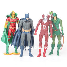 Pçs/set 4 Vingadores Infinito Guerra 16 CENTÍMETROS de Super-heróis Superman Batman PVC Action Figure Collectible Modelo Toy OPP D763(China)
