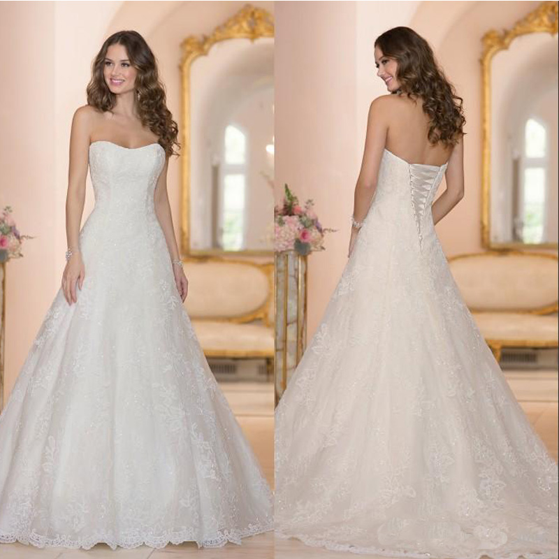 2016 custom made sleeveless semi sweetheart neckline bridal gowns elegant a line fashion lace beads tulle beach wedding dresses