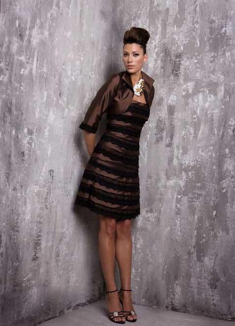 2015 l'arrivée de nouveaux élégante mère de robes de marié longueur au genou moitié manches robes de mariée Custom Made robes de Noiva ZY060