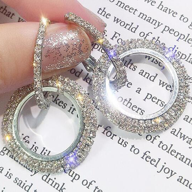 New Design Creative Jewelry High-grade Elegant Crystal Earrings Round Gold and Silver Earrings Wedding Party Earrings for Woman 2
