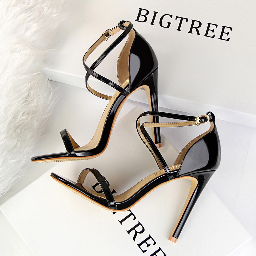 2018 Summer Fashion Women Sexy Fetish Thin Heels Sandals Female PU Open Toe Black Gold Cross Strap Sandals Party Wedding Shoes gold women sandals wedding party high heels cross straps bridal party sandal shoes womans size 11 shoes open toe ankle strap