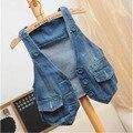 Бесплатная доставка 2017 женщин жилет джинсы ветрозащитный джинсовой безрукавку Небесно-синий Горячие продажа джинсы женские модные джинсы пальто