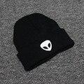 Новый Теплая Осень Зима Мужчины Чужой Шапочки Хип-Хоп Шляпа Skullies Шляпы Для Женщин Gorros