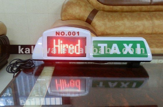 Taxi light on roof electronically showing words 'on hire' & 'on call' & 'hired'; digital screen taxi; FREESHIPPING 98454 fashion rivets and solid color design women s shoulder bag