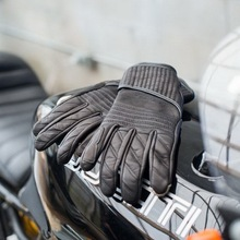 2017 Faashion Newest Netherlands Abbey Road motorcycle gloves leather motorbike riding gloves touch screen black yellow color