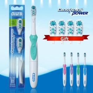 Image 2 - Oral B Cross Aktion Power Zahnbürste Dual Clean Oral Hygiene AA Batterie Elektrische Zahnbürste 4 Pcs Ersatz Pinsel Köpfe Freies