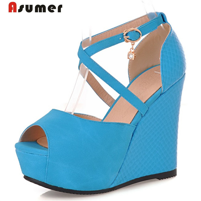 цена на Asumer New arrive women sandals elegant peep toe pu wedges shoes buckle big size 32-45 summer shoes sweet fashion platform