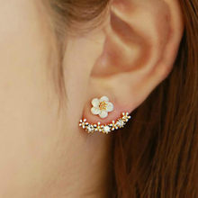 1 PCS Sell Inlaid White Flowers Stud Earrings Simulated Pearls Crystal Infinity Bow Cat Bijoux Fashion Jewelry Brincos Earing(China)