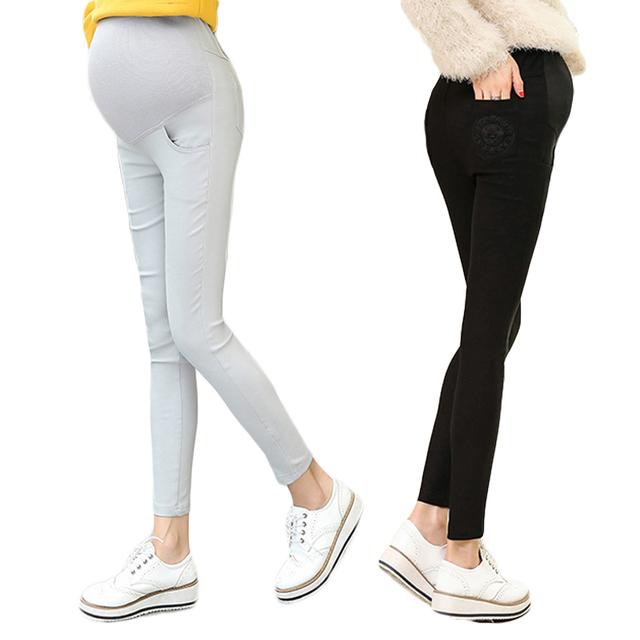 2016 Otoño mujeres Embarazadas leggings MC bordado pies lápiz pantalones Pantalones De Maternidad del vientre prop pantalones del desgaste exterior
