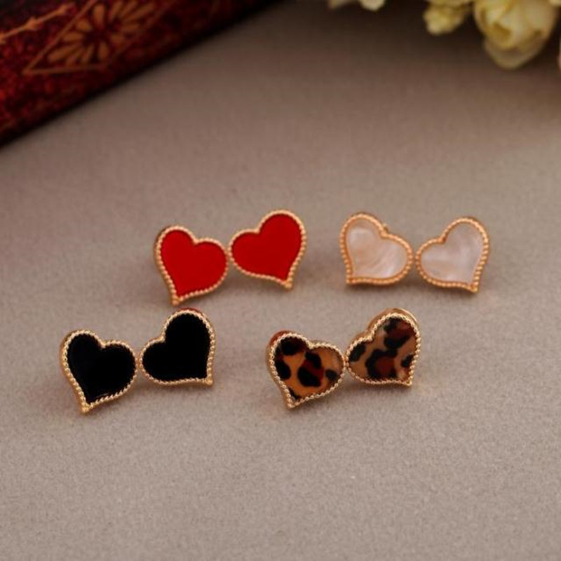 Free Shipping New Lady's Simple Love Heart Full Of Drip Earrings For Female Sweet Alloy Stud Earrings Gift Jewelry Wholesale