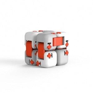 Image 5 - Оригинальный цветной Спиннер Xiaomi Mitu, пальчиковые кубики, интеллектуальные игрушки, умные пальчиковые игрушки, антитревожная декомпрессионная игрушка для взрослых и детей