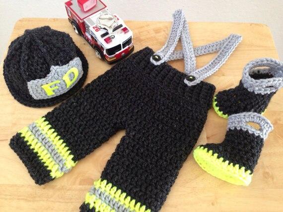 Envío libre bebé negro sombrero de los bomberos, botas a juego con ...