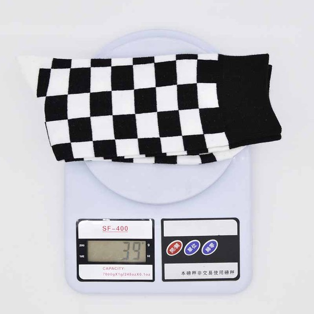 2018 New Autumn Winter Hot Men Trend Plaid Pattern Hit Color Street Harajuku Gentleman Fashion Happy Creative Cotton  Socks F235