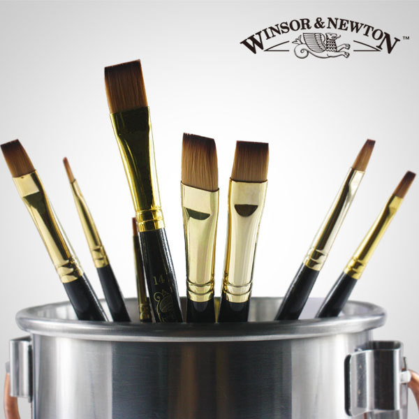 8pcs Winsor & Newton Nylon hair flat head,short wooden handle oil paint brush set, Acrylic paint brushes.8pcs Winsor & Newton Nylon hair flat head,short wooden handle oil paint brush set, Acrylic paint brushes.
