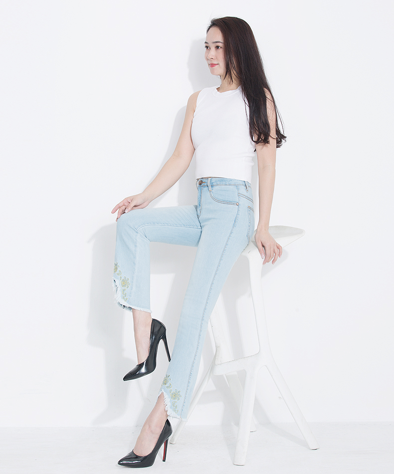 KSTUN Fashion 2018 Jeans for Women High Waist Boot Cut Light Blue Flared Embroidery Elastic Vintage Denim Pants Mujer Plus Size 15