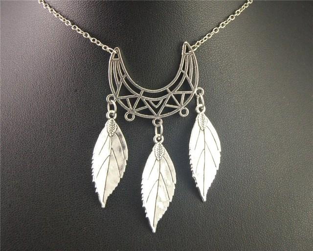 1pc silver moon shape chandelier with leaf charm pendant necklace 1pc silver moon shape chandelier with leaf charm pendant necklace handmade jewellery e486 aloadofball Gallery