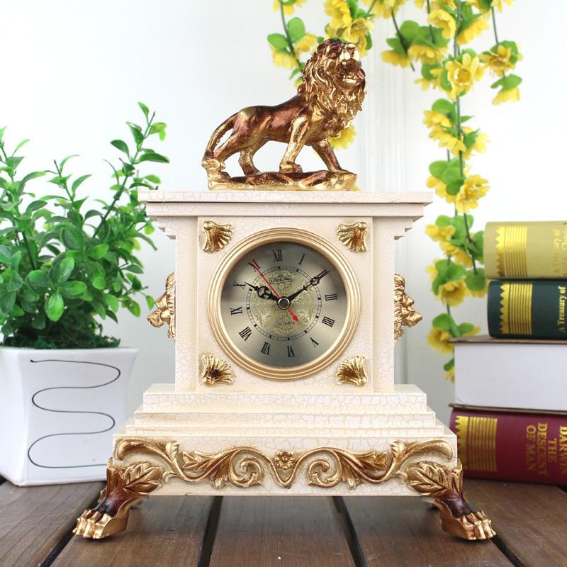 12 pouces Résine Horloges de Table Le Salon Horloge Muet Résine Moderne Classique Lion Personnalité Créative Horloge Décoration De La Maison