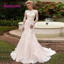 LEIYINXIANG جديد وصول فستان الزفاف العروس ثوب Vestido دي Noiva مثير حورية البحر الحبيب عارية الذراعين القوس الزنانير يزين الأميرة