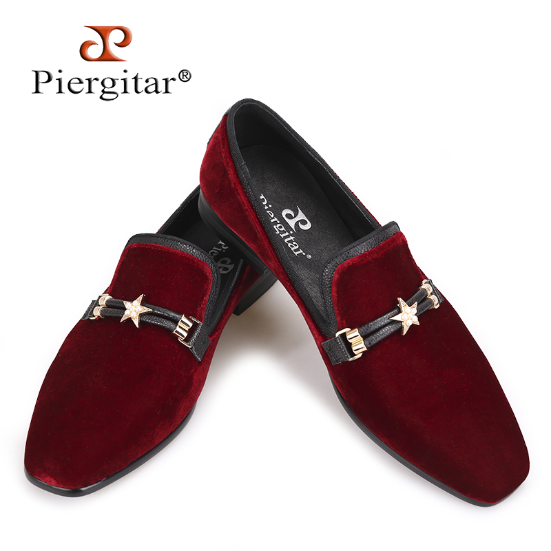 Piergitar Autumn style Luxurious Burgundy colors men velvet shoes with pearl metal buckle Fashipn party and
