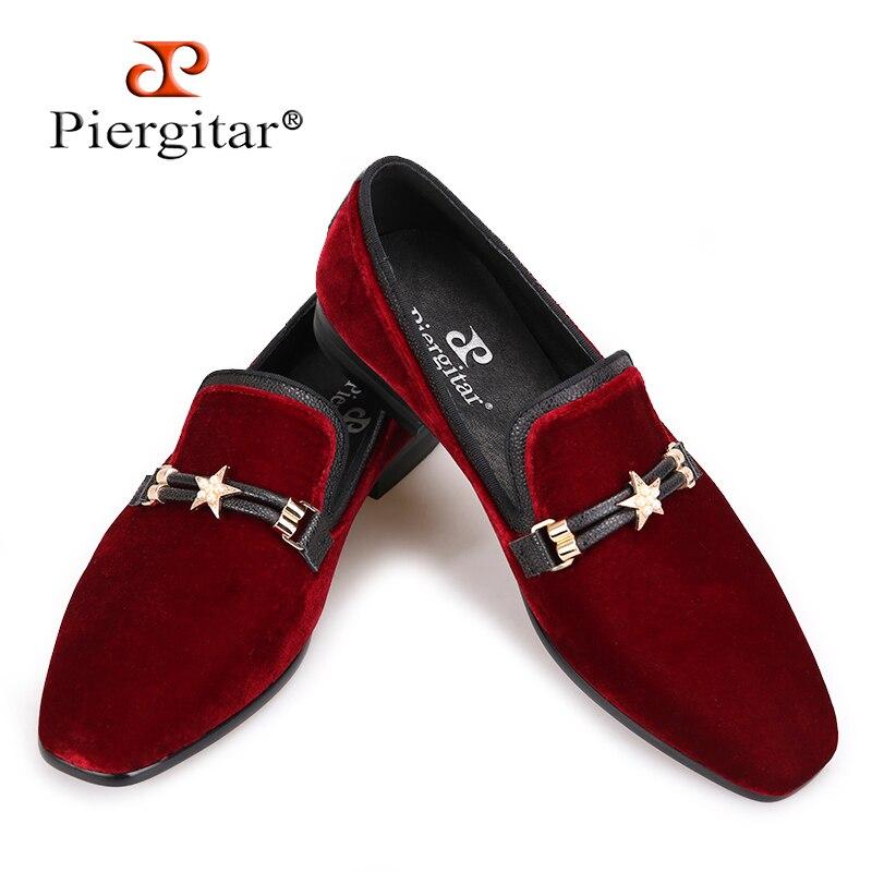 Piergitar Automne style Luxueux Bourgogne couleurs hommes velours chaussures avec perle boucle en métal Fashipn parti et de mariage hommes mocassins