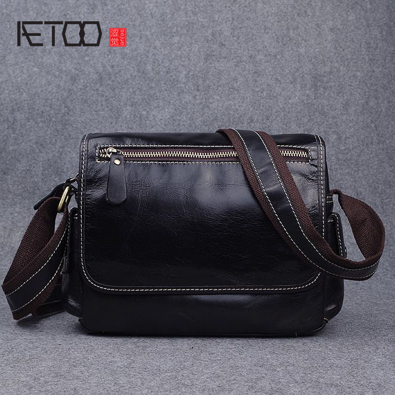 AETOO Leather handbags handmade first layer of leather oil wax shoulder bag leisure Messenger bag aetoo first layer of leather korean version of the tide ladies oil wax leather handbag ladies shoulder messenger bag