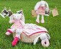 Candice guo! Super fofo rosa coelho coelho boneca de brinquedo de pelúcia chocalho toalha placate acompanhar o crescimento do bebê amigo presente de aniversário 1 pc