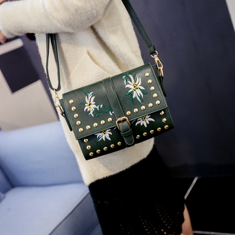 vintage casual chains hotsale ladies party women famous designer shoulder messenger crossbody bags Brand design Embroidery