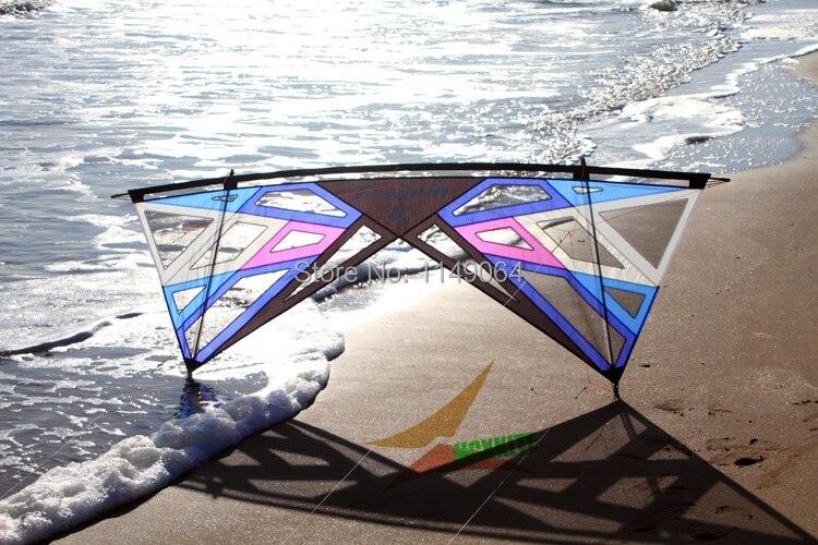 Livraison gratuite de haute qualité forte vent tempête quad ligne stunt cerf-volant avec la ligne de poignée jouets de plein air volant Freilein kite puissance cerf-volant