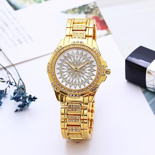 Crystal Decorated Wrist Watch