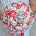 2017 dama de Honor Nupcial de La Boda Bouquet Barato Nuevo Lujo Crystal Coral & Ivory Hecha A Mano Artificial Rose Flores Ramos de Novia