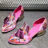 Stylesowner 2018 Fashion Retro Embroidery Heels Pumps Round Toe Tassel Fringe Heels Shoes Metal Heels Sexy Wedding Single Shoes