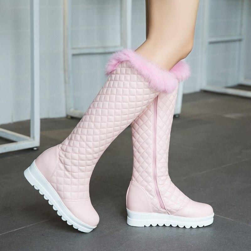 S. الرومانسية 2018 النساء الأحذية زائد حجم 34 43 الأزياء جولة اصبع القدم الإناث الثلوج بوط شتوي النساء أحذية أسود أبيض الوردي SB170-في بوت للركبة من أحذية على  مجموعة 1