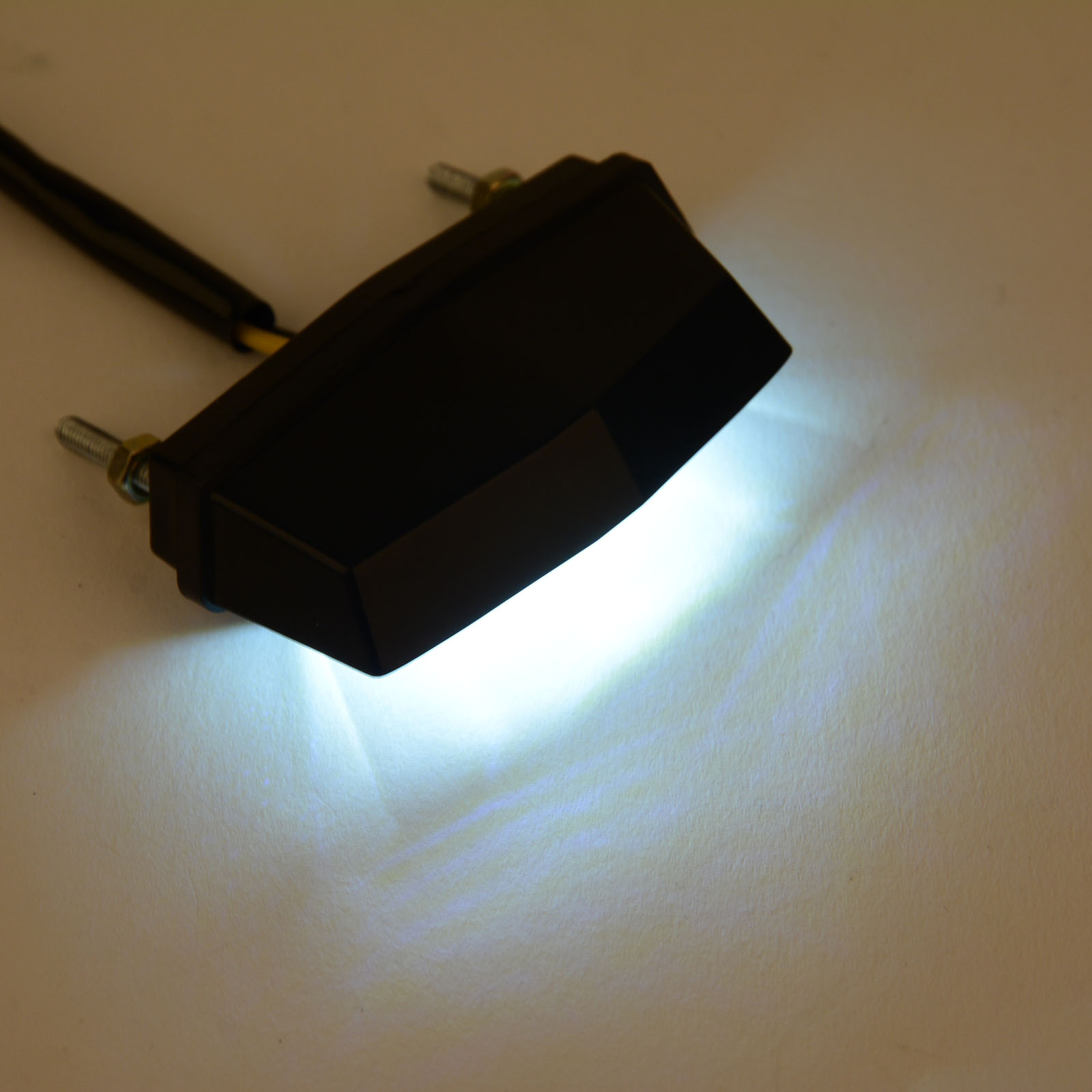 Mayitr Neue Motorrad Mini Kennzeichen LED-Licht 12V Weiß LED Lampe Hinten Schwanz Anzahl Licht Unviersal für Honda für Kawasaki