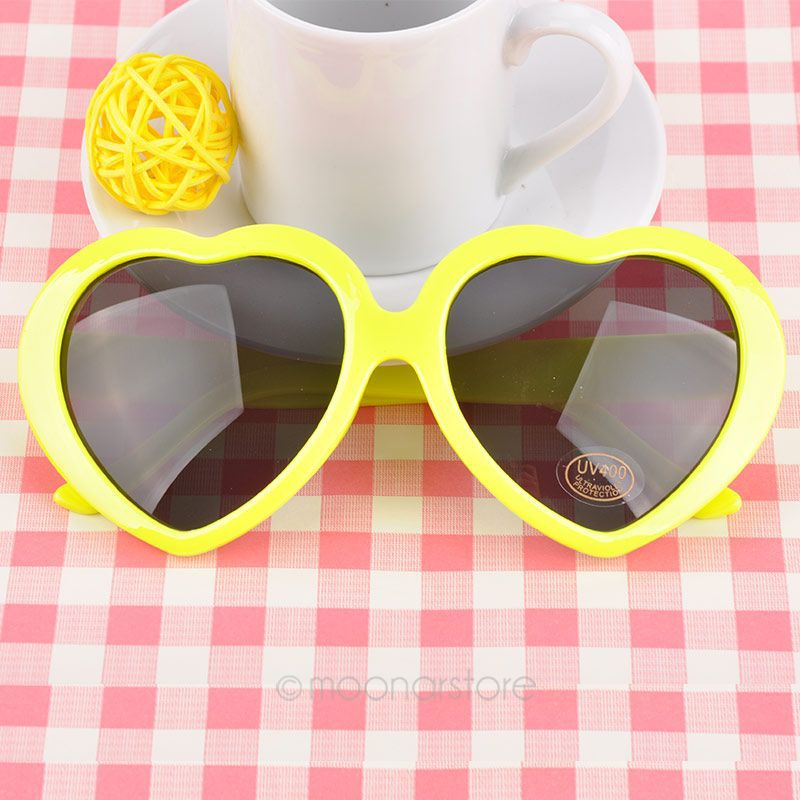 9c1e1a0da5 2018 Fashion Stylish Eyewear Sugar Color Retro Heart Shape Vintage  Sunglasses Summer Lolita Eyeglasses-in Sunglasses from Apparel Accessories  on ...