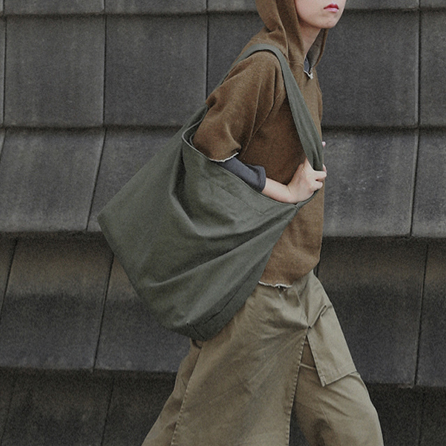 fe72ec5d9f7 US $9.9 39% OFF|Large Capacity Special Oversized Canvas Shoulder Bag for  Women Students Vintage Tote Bag Female Retro Solid Shopping Handbag on ...