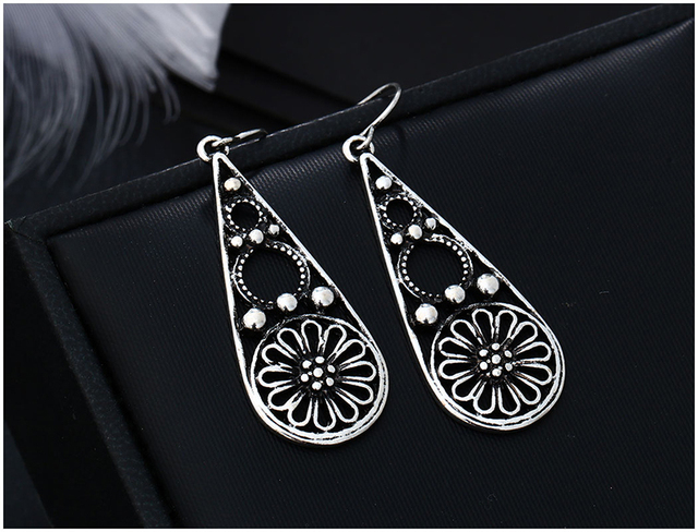 Brincos Vintage Earrings for Women 2016 New Arrival Jewelry Antique Gold Plated Flower Hollow Out Drop Earrings Indian Jewelry