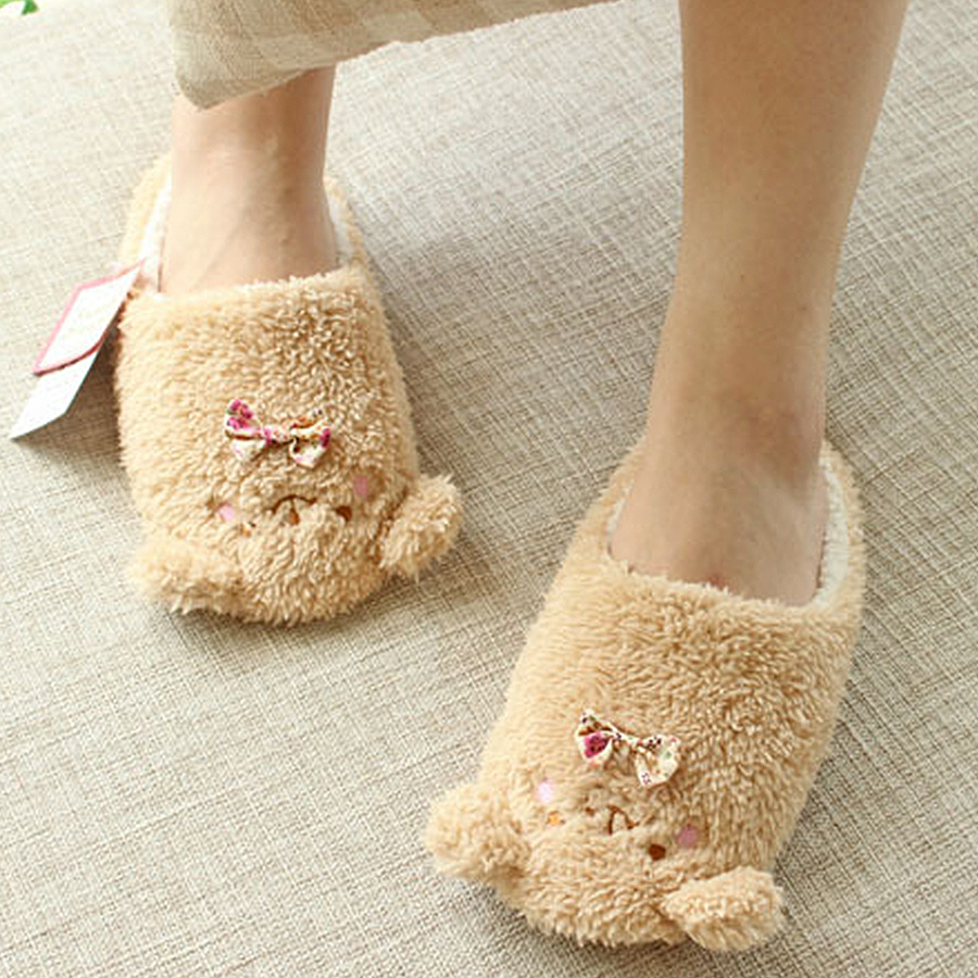 2017 Women Anime Cartoon Bear Slippers Lovers Warm Bedroom Woman Slippers Plush Shoes Home House Winter Children Shoes soft house coral plush slippers shoes white