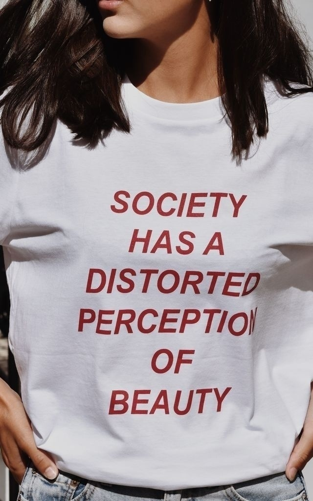 sunfiz YF Society Has A Distorted Perception Of Beauty Letters Print Women Tshirt Cotton Casual T Shirt For Lady Girl Top Tee
