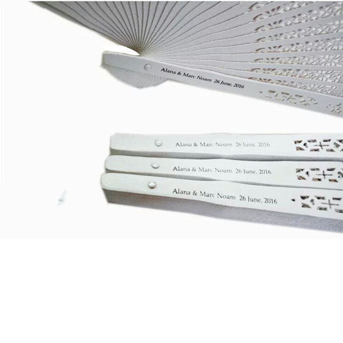 50pcs Sandalwood White Wedding Fan Favors Personalized Folding Hand Fan With Bride Groom Name Date