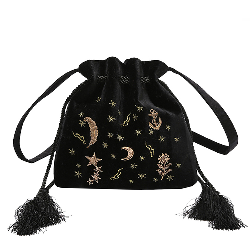 Retro Embroidery Star Moon Pattern Tassel Shoulder Bag Women Crossbody Bag Mini Messenger Bag Bunched Bucket Shoulder Bags 2019