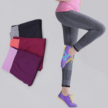 Women Sport Running Pants Gym Tights for Female Fitness Leggings Quick Drying Trousers Elastic Capris ropa deportiva 42-67kg