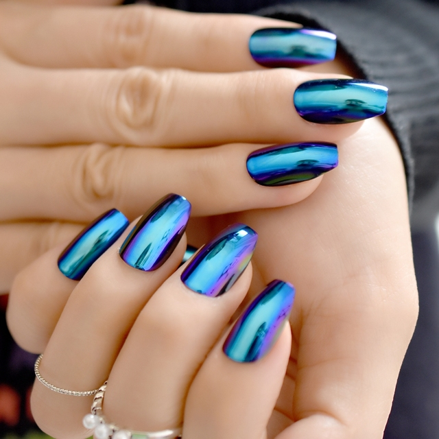 24pcs Shiny Blue Mirror Coffin Nails Medium Flat Stiletto Acrylic Nail Art Tips For Women Wear